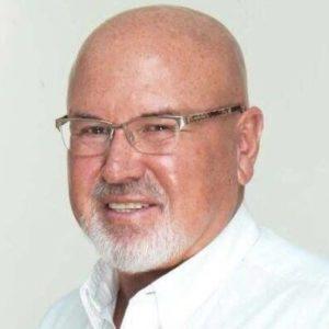 Carlos Bruce afronta denuncia ante el Congreso