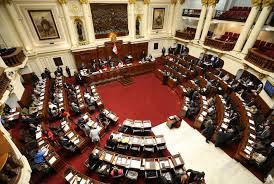 Congreso promulgó ley de pensiones para militares y policías