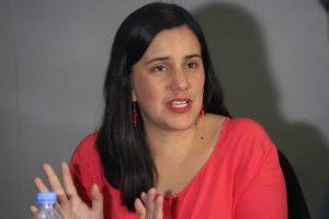 """Veronika Mendoza afirma """"Quien promovió asesinatos y corrupción debe cumplir su pena"""""""