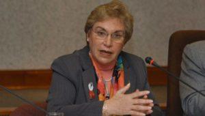 Partido oficialista pide renuncia de ministra de la Mujer