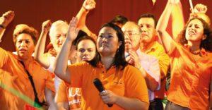 Fuerza Popular se reune con maestros huelguistas