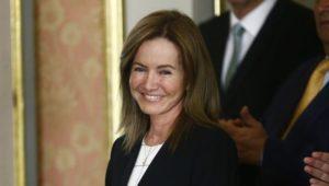 Marilú Martens dijo no habrán más mesas de diálogo con maestros en Lima