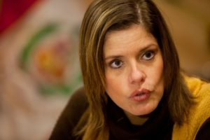 Mercedes Aráoz viaja a Piura visitar obras de reconstrucción