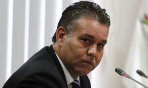"""Víctor Albrecht renunció a presidencia de Comisión """"Lava Jato"""""""