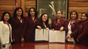 Federación de obstetras puso fin a huelga