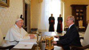 PPK se reunió en audiencia privada con el Papa Francisco
